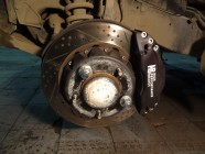 Обслуживание тормозной системы HPB при замене тормозных колодок.