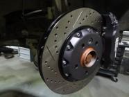 VW_amarok_330x32mm_6pot-7
