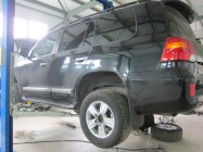 Toyota LC200 372mm 8pot + 372mm 6pot - 7