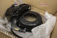 bronirovannyjj-lexus-lx570-tormoza-hp-brakes-3