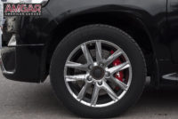 Toyota Land Cruiser 200. Тормоза JBT меняем на HP-Brakes.