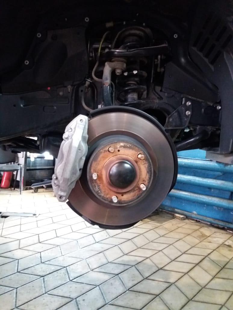 Тормозные системы на Lexus LX570_Лексус ЛХ570