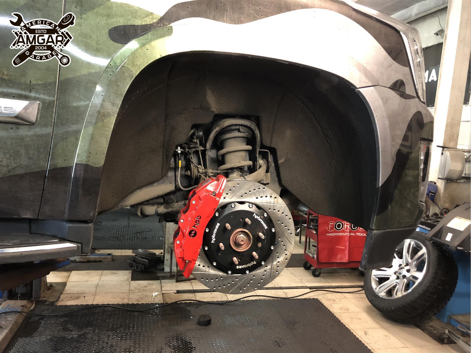 Cadillac Escalade установка тормозной системы HP-Brakes (9)